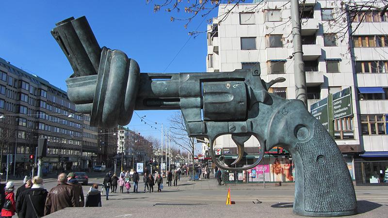 Monumento por la paz en el centro de Gotemburgo.