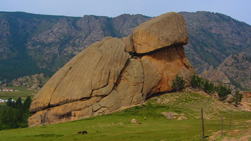 La 'turtle rock' (roca tortuga) en el Parque Nacional de Gorkhi Terelj en Mongolia.