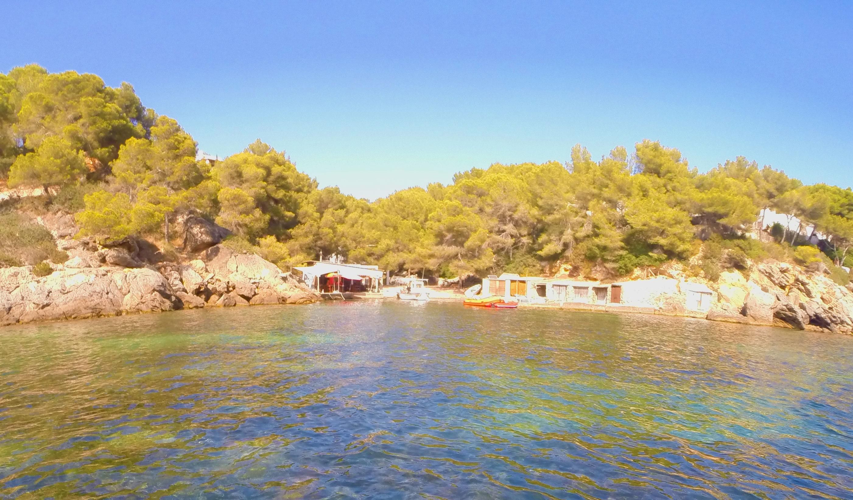 Restaurante Can Bigotes en Cala Mastella, Ibiza.