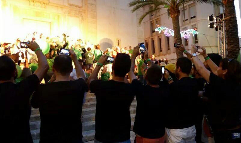 Los bloggers de las fiestas de agosto de La Nucía en acción.