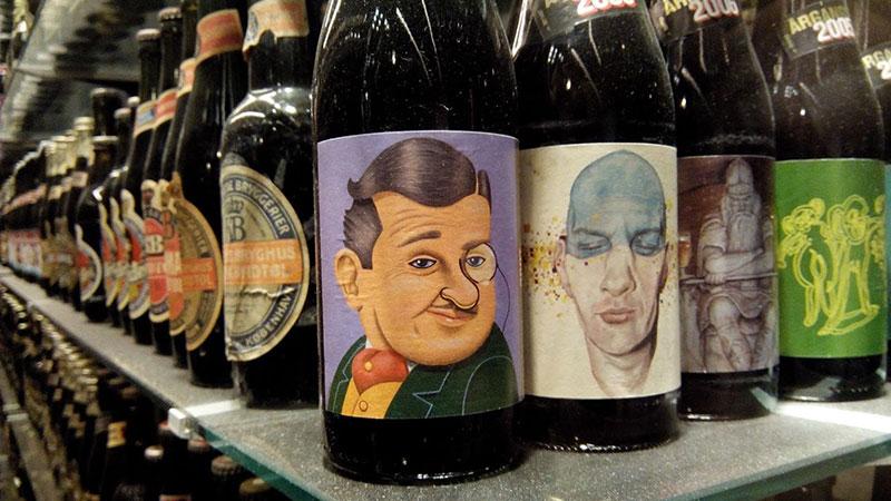 Colección de cervezas más grande del mundo en la fábrica de Carlsberg en Copenhague.